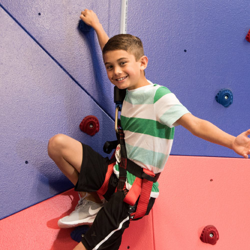 19081_WebsitePhoto_Updates_KidsRockClimbing