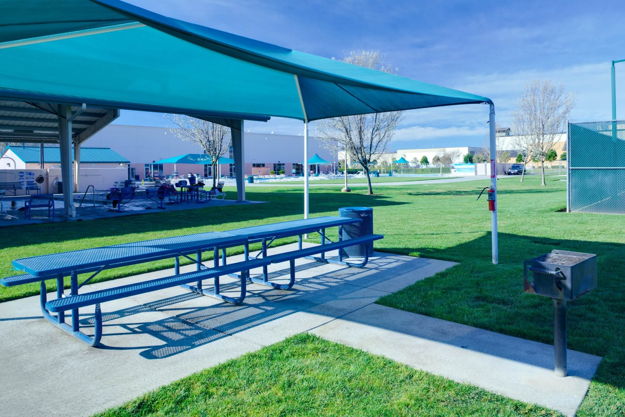 photo of elk grove gym with pool picnic table