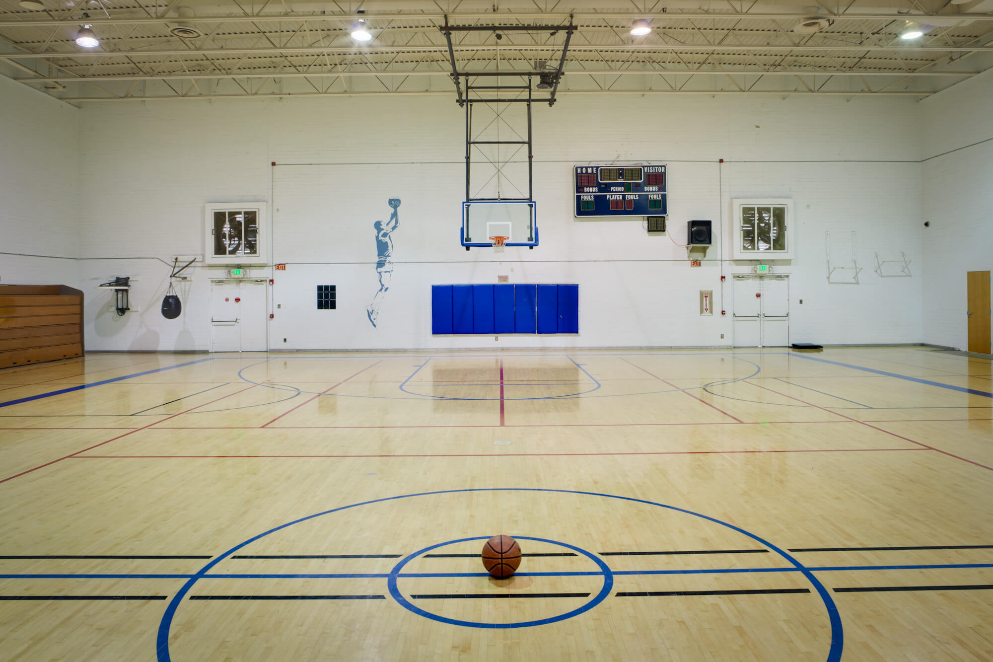 large basketball court at cal fit mcclellan gym
