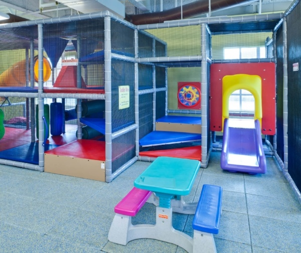 childcare area of sacramento gym